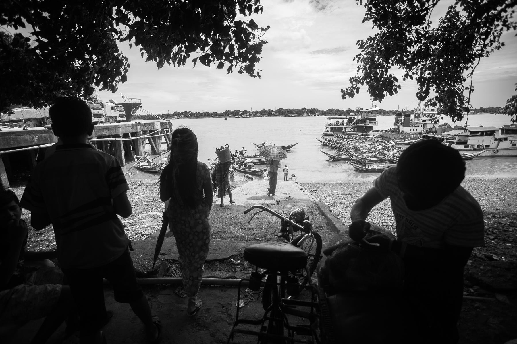 la Birmanie en noir et blanc
